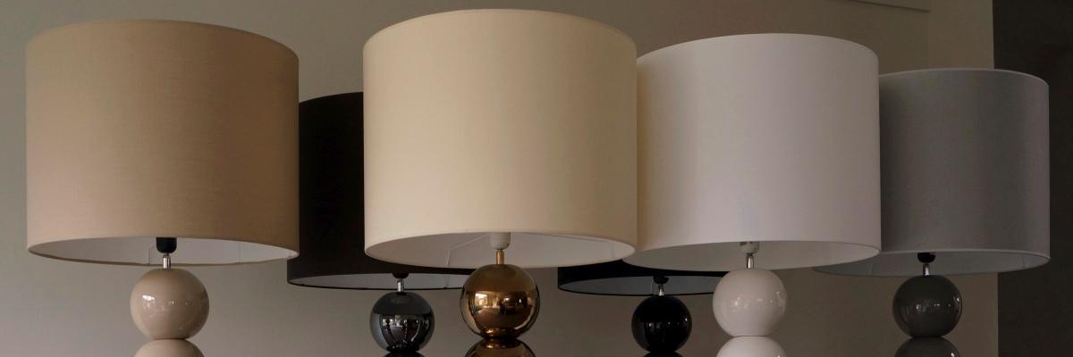 Lampy podłogowe z cylindrycznymi abażurami